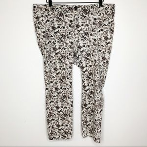 LANE BRYANT Rose Print Capris Pants
